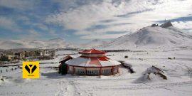 رییس هیات اسکی کردستان گفت: فراهم کردن امکانات اسکی در سقز، قروه، بیجار و سنندج میتواند به توسعه اسکی و توسعه توریست ورزشی و جاذبههای گردشگری استان کمک میکند.