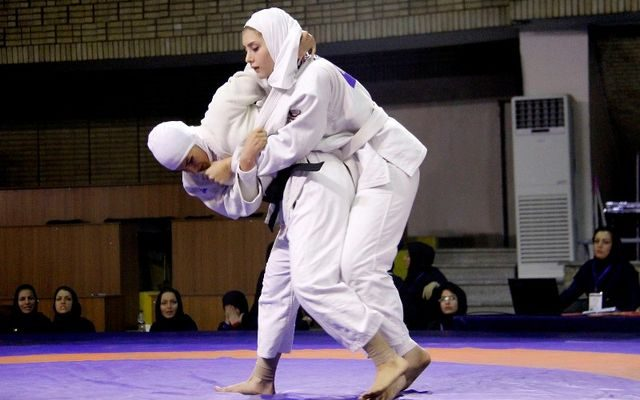 دور جدید تمرینات تیم ملی جودو بانوان در رده سنی نوجوانان و جوانان در مجموعه ورزشی شهید کبکانیان آغاز می شود.