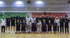 به گزارش یاریزان؛ تیم والیبال راه یاب ملل مریوان در تقابل تدارکاتی با تیم شهرداری ورامین و عنوان دار قهرمانی آسیا، با نتیجه بسیار نزدیک مغلوب شد.