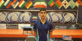آریا امیری نماینده کردستان مدال طلای دور نهایی رقابتهای قهرمانی تنیس رویمیز تور ایرانی قهرمانی رده سنی جوانان کشور را بر گردنش آویخت.