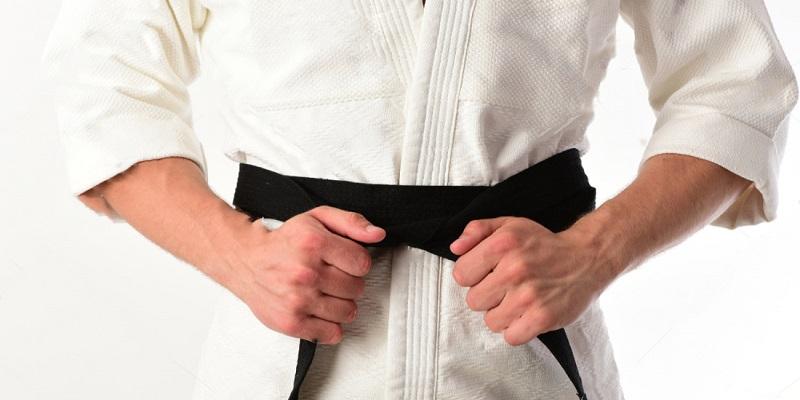 شیوع ویروس کرونا در اسپانیا به منطقه خطر رسیده و کلیه رقابتهای ورزشی این کشور به تعطیلی کشیده شده است و هر آن ممکن است رقابتهای کاراته وان هم لغو شوند.