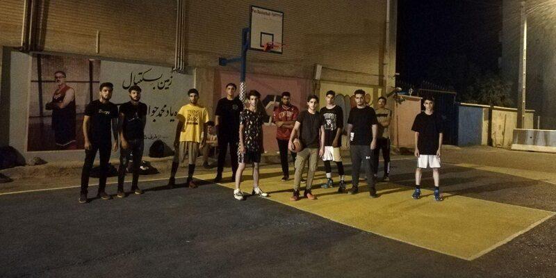اولین زمین استریت بال (بسکتبال خیابانی) با حضور مسئولان ورزش در ایلام افتتاح شد.
