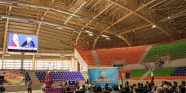 سالن 6 هزار نفری مجموعه ورزشی ۲۲ گولان شهر سنندج با حضور وزیر ورزش و جوانان و از طریق ویدئو کنفرانس توسط رئیس جمهور به بهره برداری رسید.
