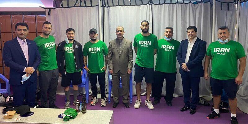 تیم ملی هاکی روی یخ ایران که در رقابتهای کاپ آزاد امارات شرکت کرده بود با شکست قزاقستان، نخستین مدال این رشته در رویدادهای بین المللی را کسب کرد.