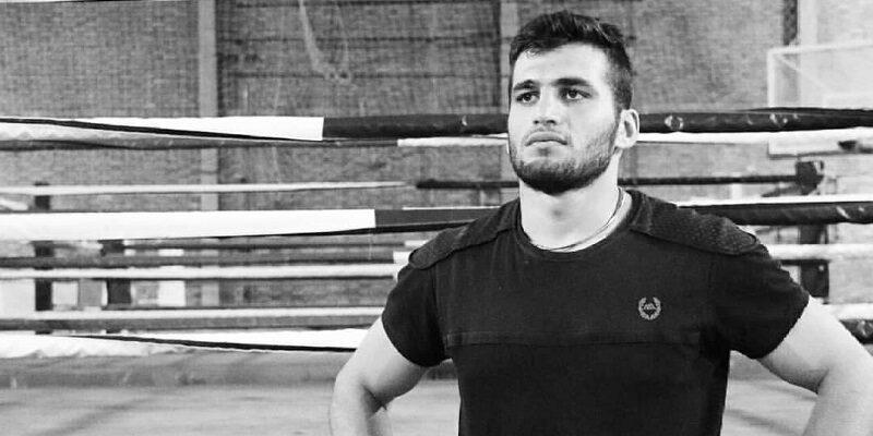 پوریا امیری ملی پوش کرمانشاهی بوکس ایران گفت: بوکس راهی است که انتخاب کردهام و تمام انگیزه و آرزویم هم گرفتن مدال در المپیک است.