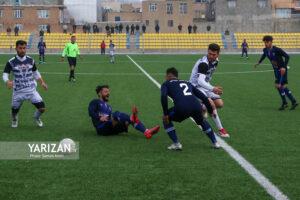 دیدار دو تیم کاویان نقده و کانیاو اشنویه از سری رقابت های هفته چهارم لیگ دسته سوم فوتبال ایران با نتیجه تساوی بدون گل پایان یافت. این دیدار درورزشگاه آزادی مهاباد برگزار شد. گزارش تصویری |یاریزان